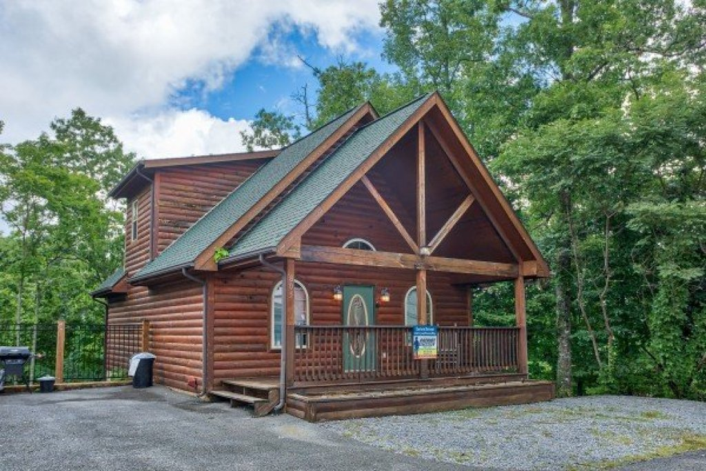 Photo of a Gatlinburg Cabin named Eastern Retreat - This is the seventeenth photo in the set.