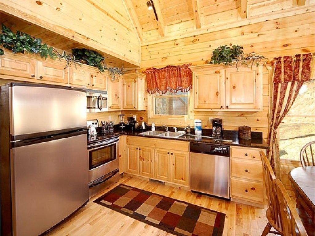 Photo of a Gatlinburg Cabin named Natural Wonder - This is the fourth photo in the set.