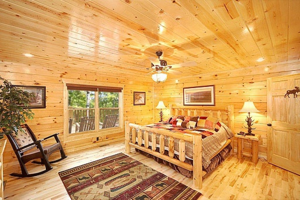 Photo of a Gatlinburg Cabin named Incredible! - This is the ninth photo in the set.