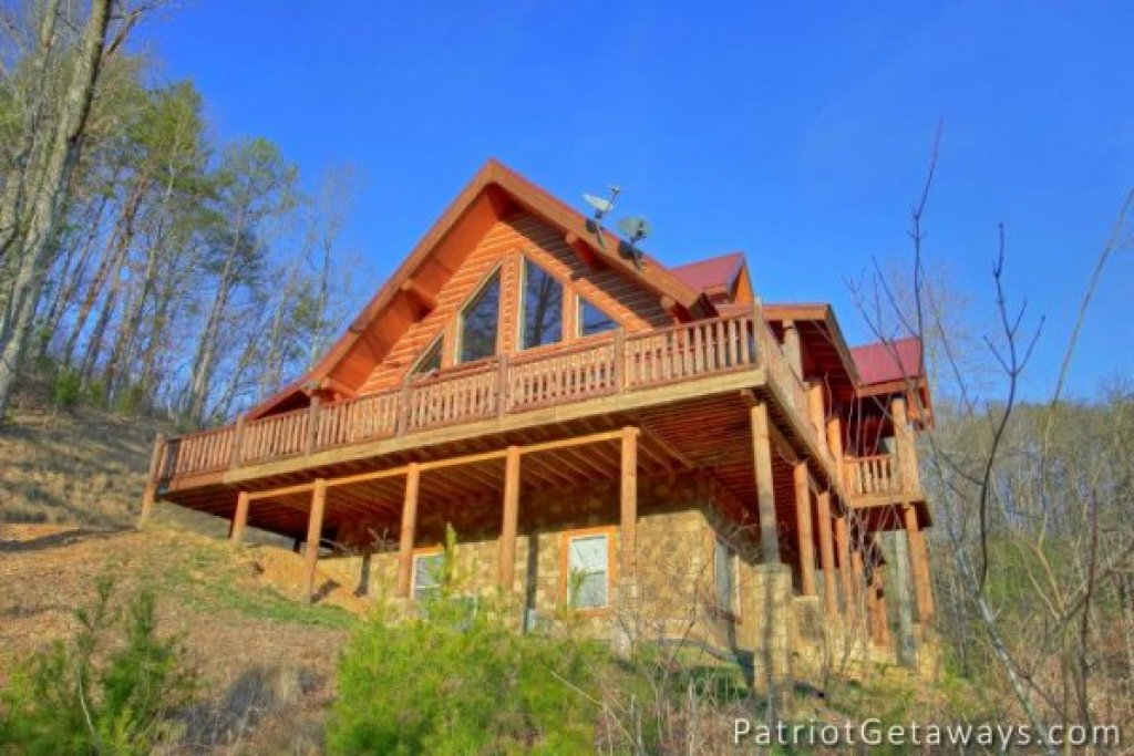 Photo of a Pigeon Forge Cabin named Taj Mahal - This is the twenty-sixth photo in the set.