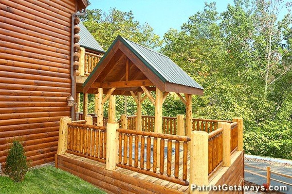 Photo of a Gatlinburg Cabin named Incredible! - This is the twenty-fifth photo in the set.