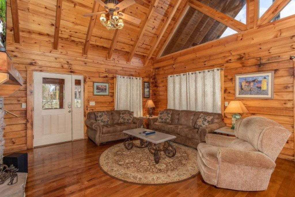 Photo of a Pigeon Forge Cabin named The Cowboy Way - This is the fourth photo in the set.