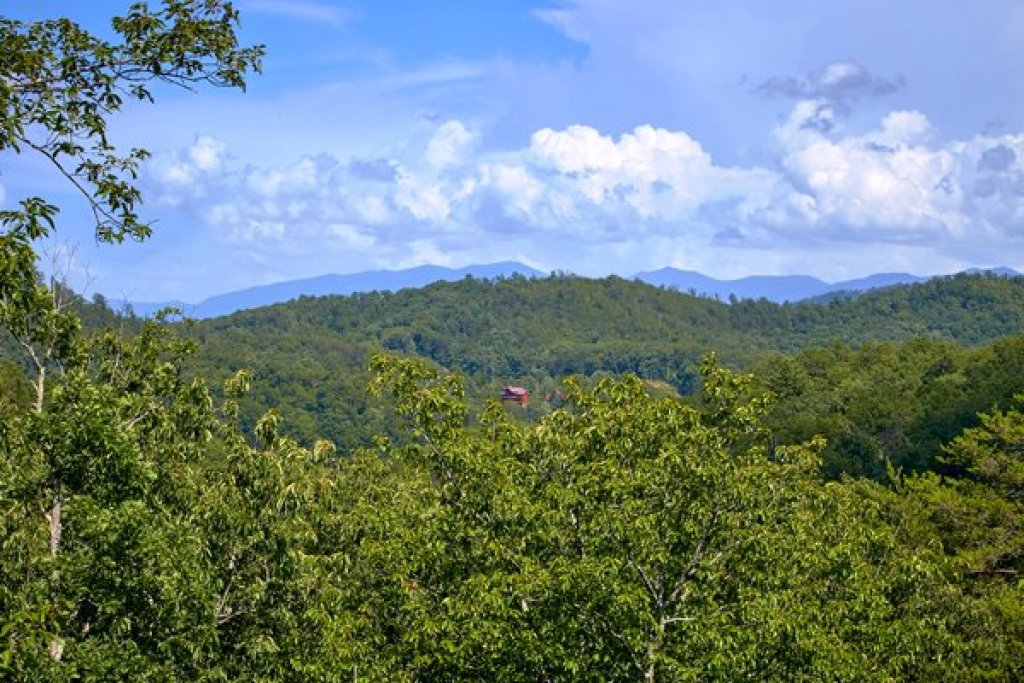 Photo of a Sevierville Cabin named Mountain Wonderland - This is the thirty-third photo in the set.