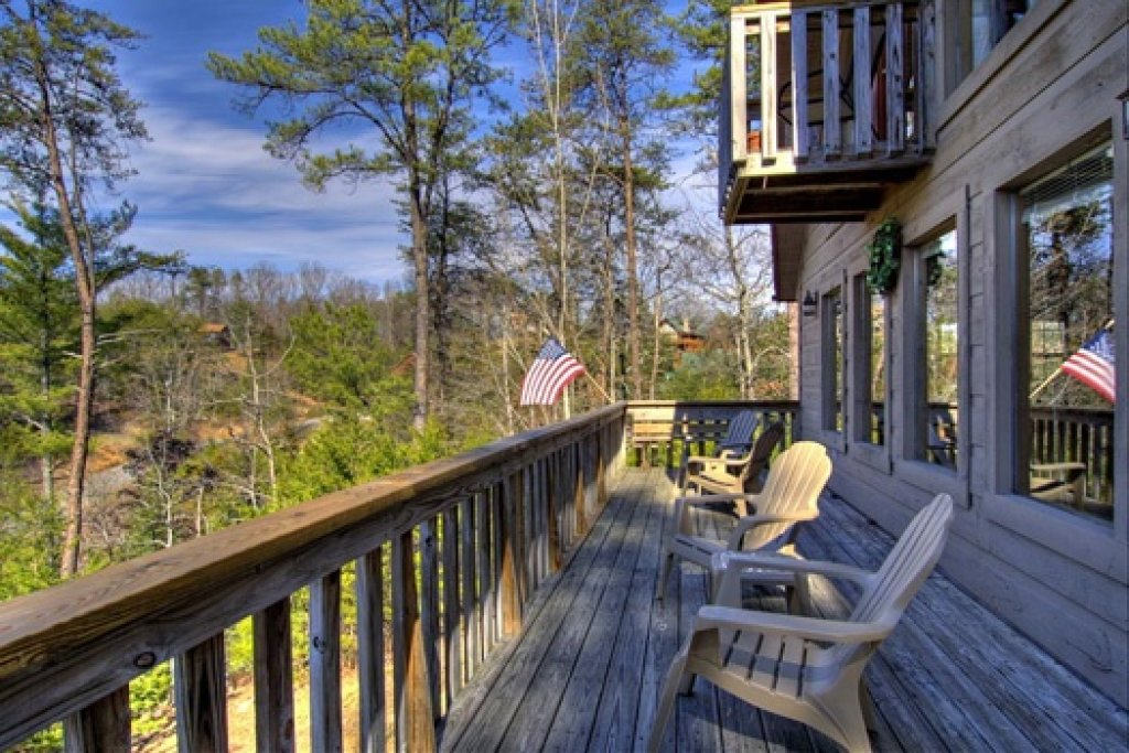 Photo of a Sevierville Cabin named Cabin On The Hill - This is the twenty-sixth photo in the set.