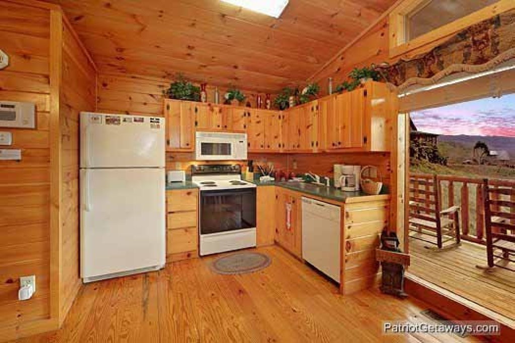 Photo of a Pigeon Forge Cabin named Paradise View - This is the sixth photo in the set.
