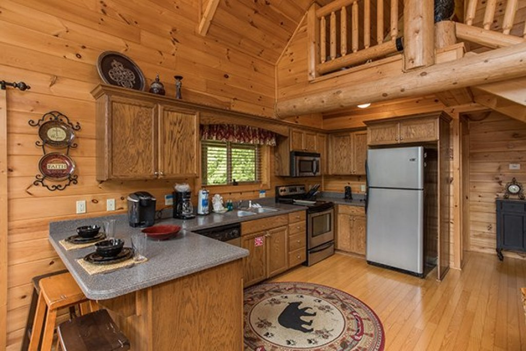 Photo of a Sevierville Cabin named Longwalker Lodge - This is the sixth photo in the set.