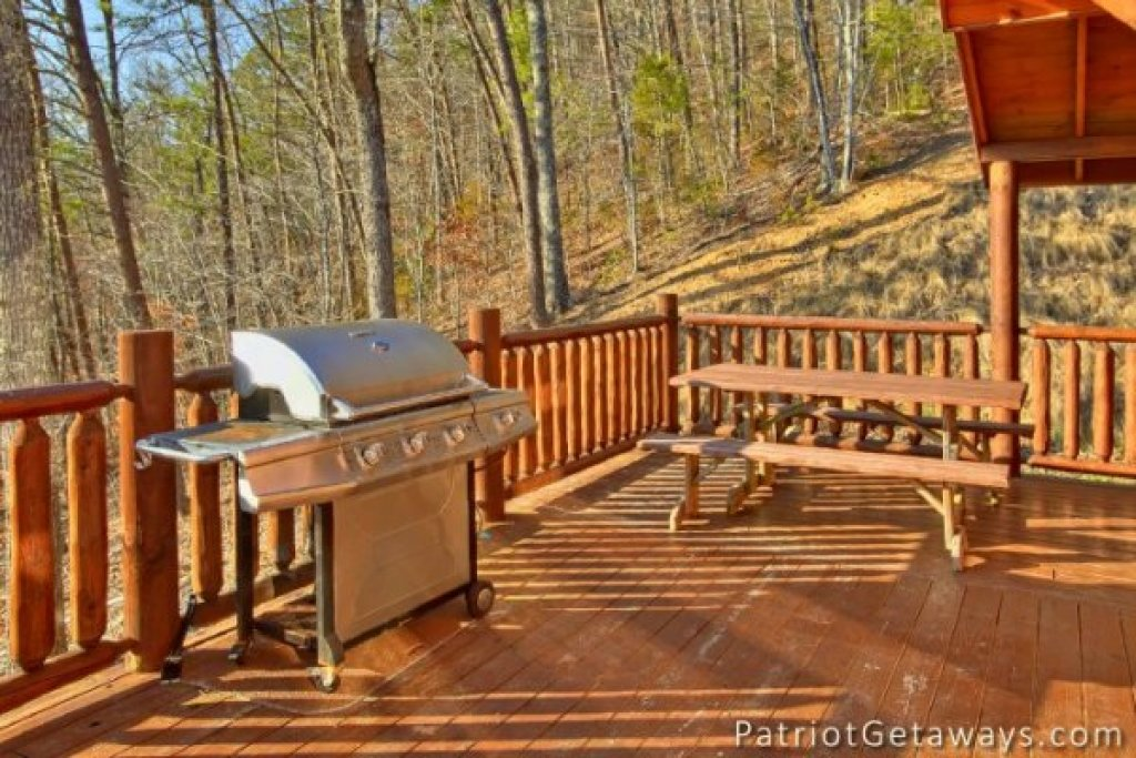 Photo of a Pigeon Forge Cabin named Taj Mahal - This is the twenty-fifth photo in the set.