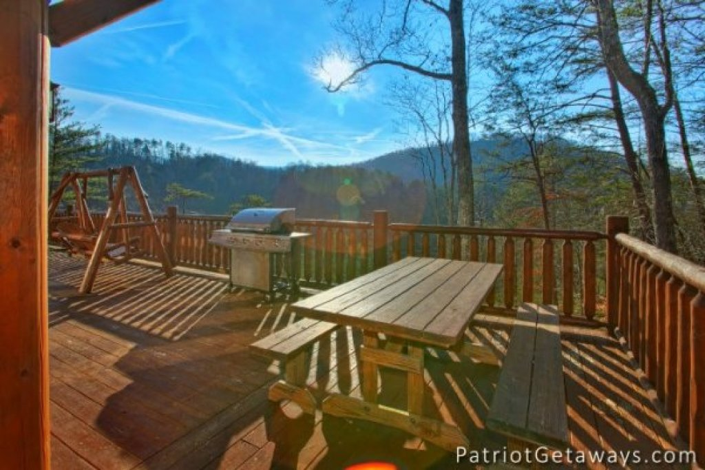 Photo of a Pigeon Forge Cabin named Taj Mahal - This is the twenty-third photo in the set.
