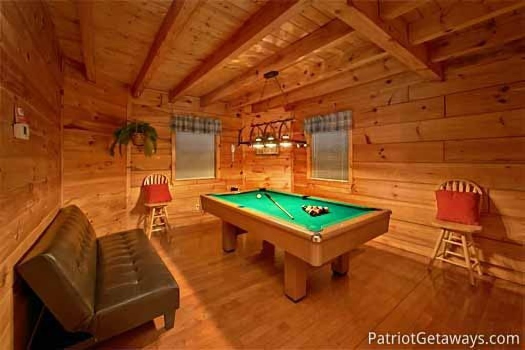 Photo of a Gatlinburg Cabin named Honeymoon In Gatlinburg - This is the sixth photo in the set.