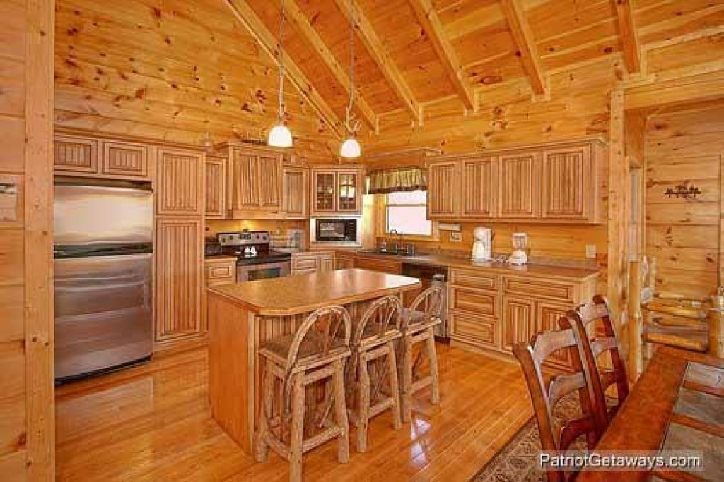 Photo of a Sevierville Cabin named Flying With Eagles - This is the ninth photo in the set.