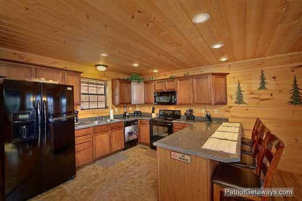 Photo of a Gatlinburg Cabin named Alpine Pointe - This is the eighth photo in the set.