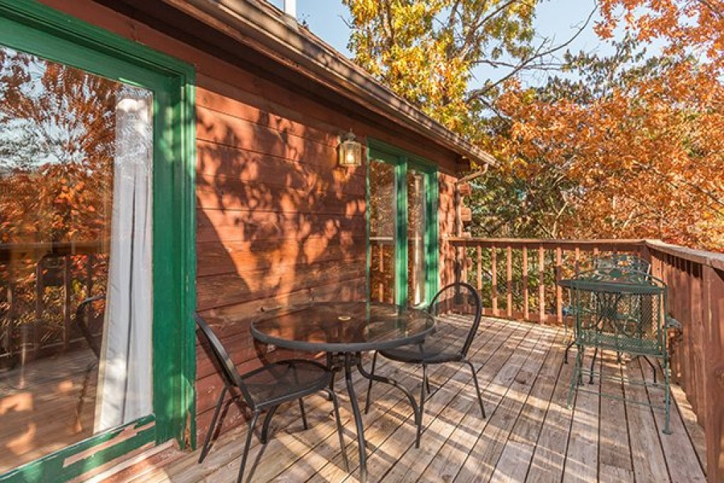 Photo of a Pigeon Forge Cabin named Just For Fun - This is the eighth photo in the set.