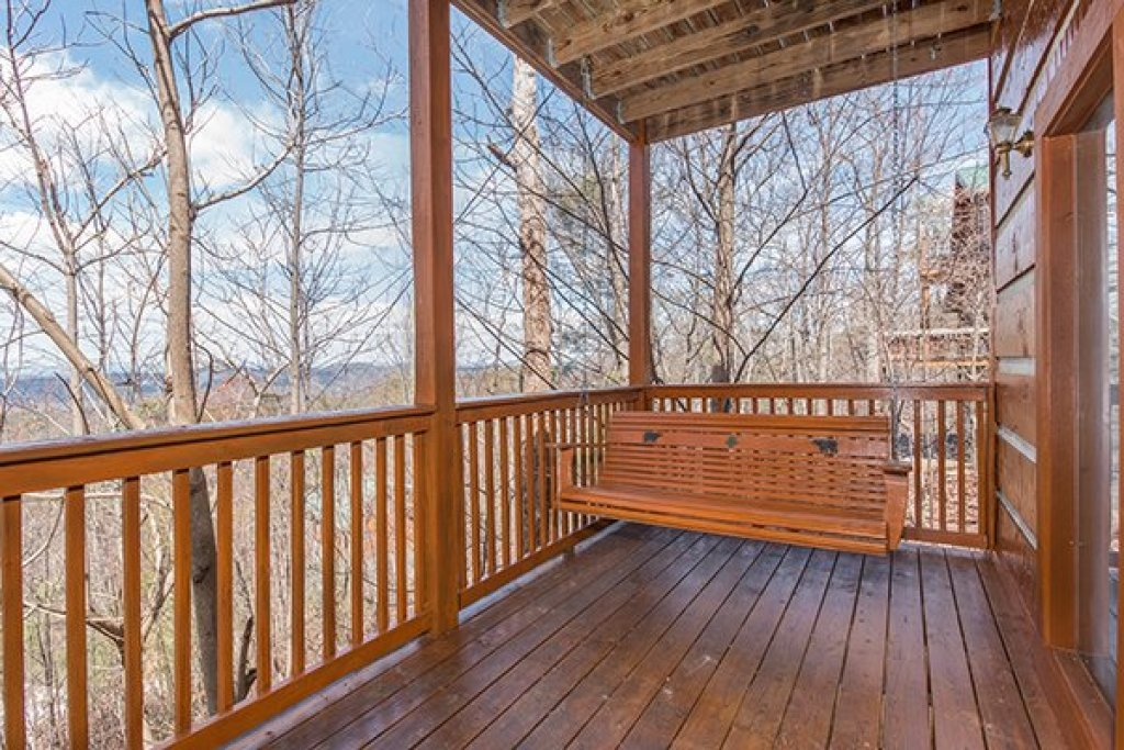Photo of a Gatlinburg Cabin named Ella-vation - This is the nineteenth photo in the set.