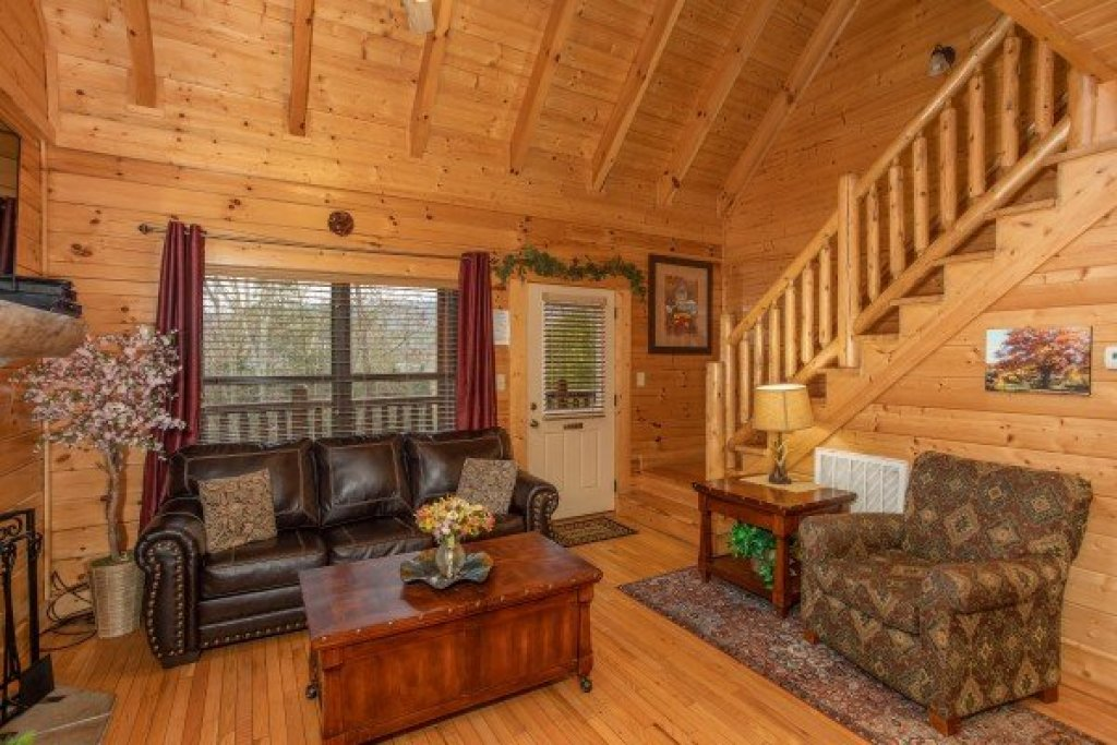 Photo of a Sevierville Cabin named Let The Good Times Roll - This is the sixth photo in the set.