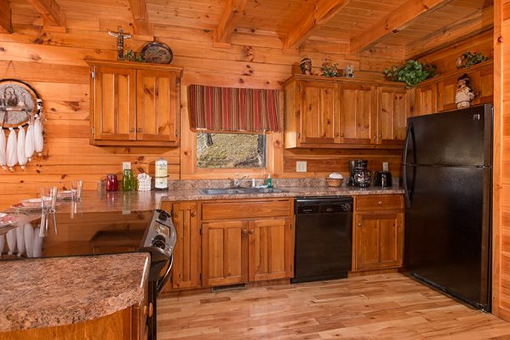 Photo of a Pigeon Forge Cabin named Alpine Sondance - This is the fifth photo in the set.