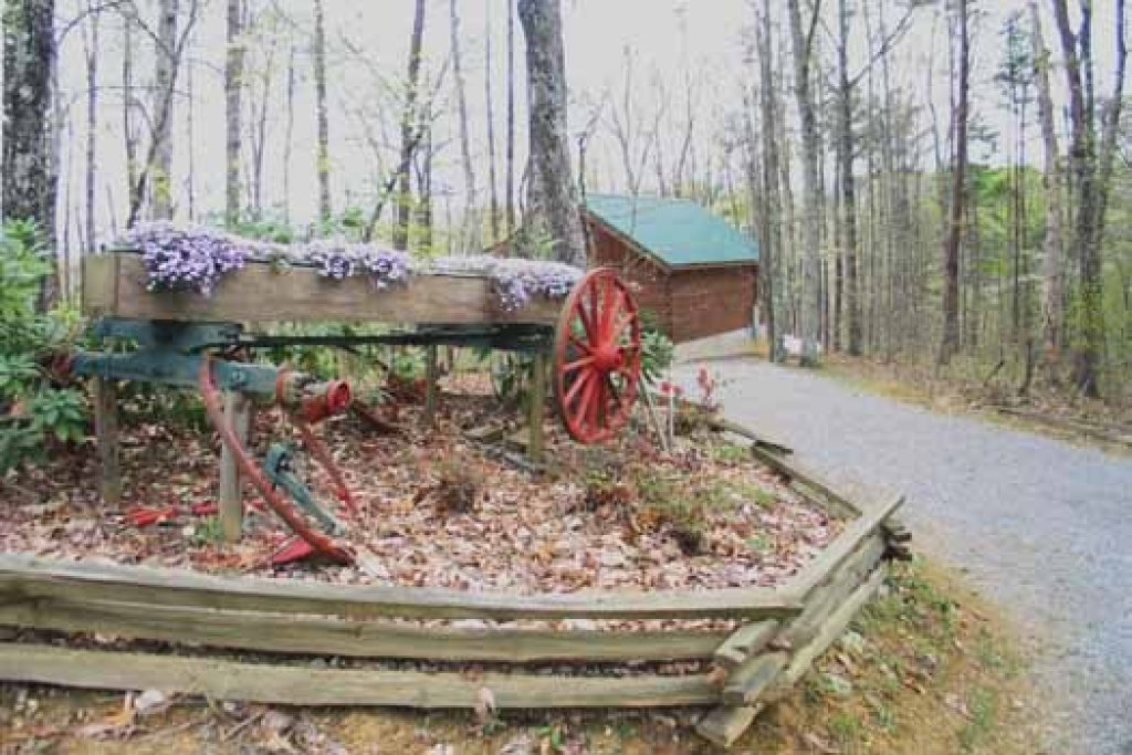 Photo of a Sevierville Cabin named Love Me Tender - This is the third photo in the set.