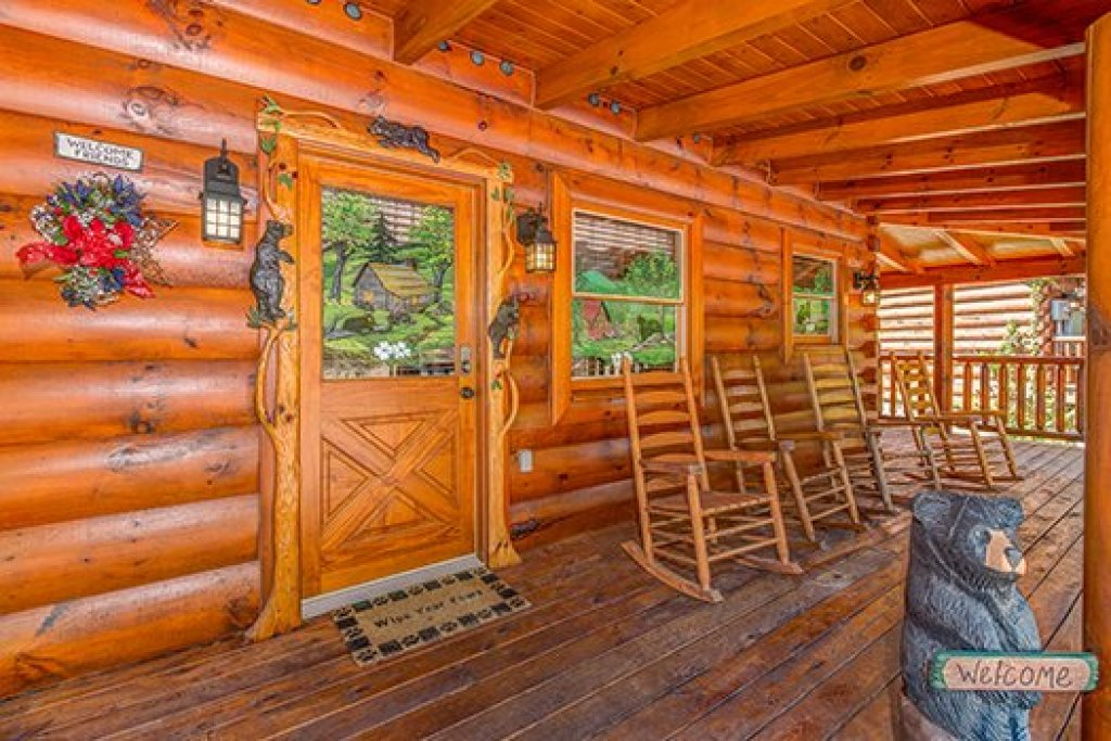 Photo of a Sevierville Cabin named Lazy Bear Lodge - This is the third photo in the set.