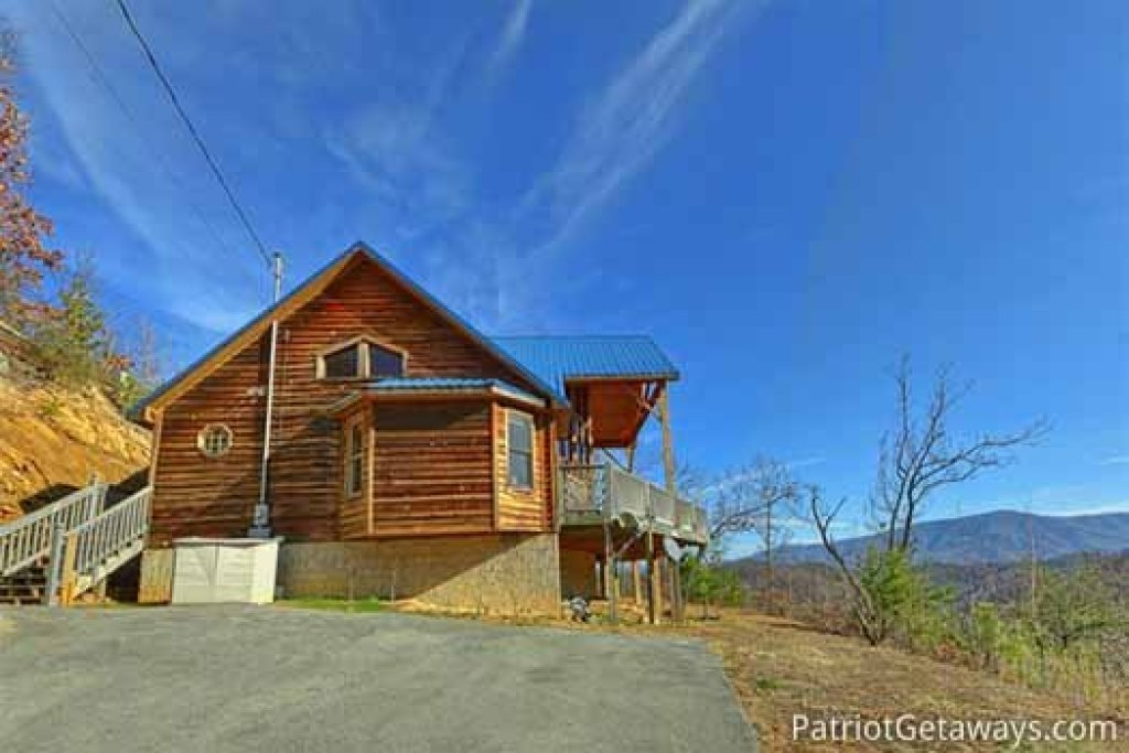 Photo of a Sevierville Cabin named About Time - This is the twenty-fourth photo in the set.