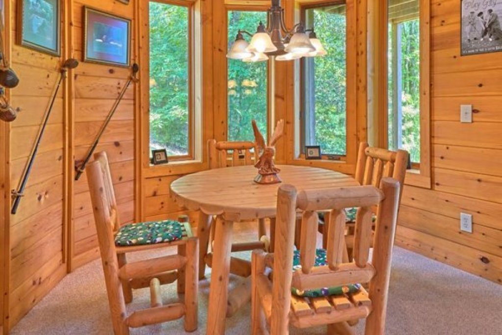 Photo of a Sevierville Cabin named Wagon Wheel Cabin - This is the twelfth photo in the set.