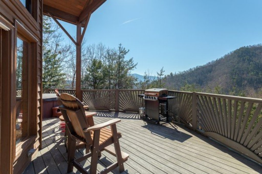 Photo of a Sevierville Cabin named About Time - This is the ninth photo in the set.