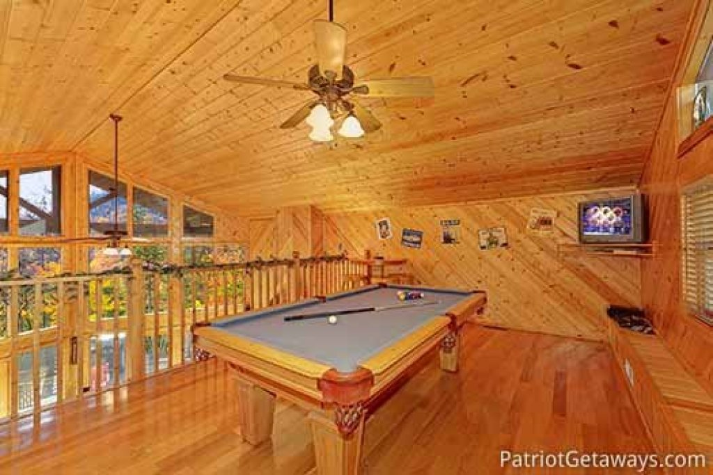 Photo of a Sevierville Cabin named About Time - This is the seventeenth photo in the set.