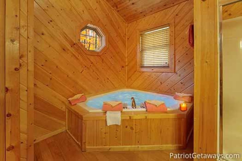 Photo of a Sevierville Cabin named About Time - This is the twenty-first photo in the set.