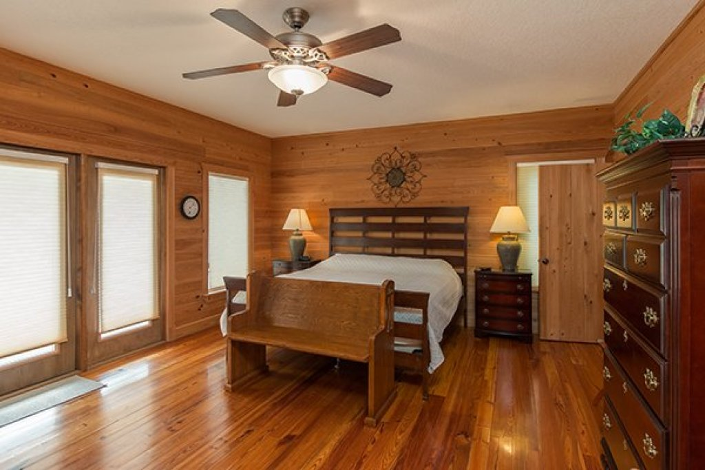 Photo of a Sevierville Cabin named Sky View - This is the eleventh photo in the set.