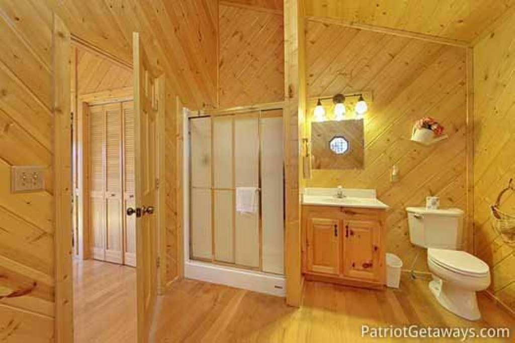 Photo of a Sevierville Cabin named About Time - This is the sixteenth photo in the set.
