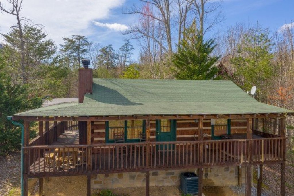 Photo of a Sevierville Cabin named Blue Mountain Views - This is the seventeenth photo in the set.