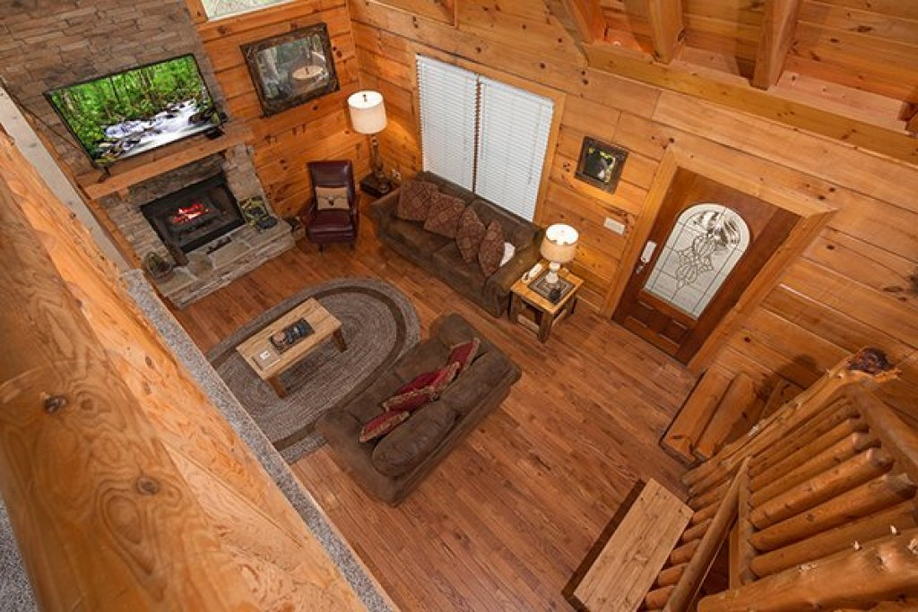 Photo of a Pigeon Forge Cabin named Amazing Journey - This is the sixteenth photo in the set.