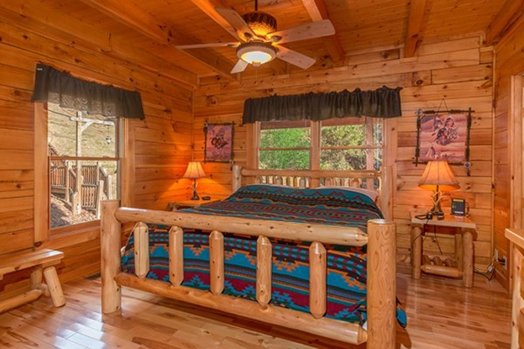 Photo of a Pigeon Forge Cabin named Alpine Sondance - This is the seventh photo in the set.