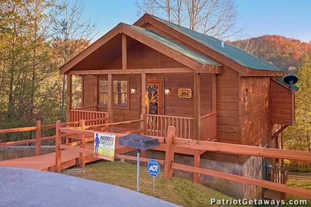 Photo of a Pigeon Forge Cabin named A Getaway With A View - This is the fifteenth photo in the set.