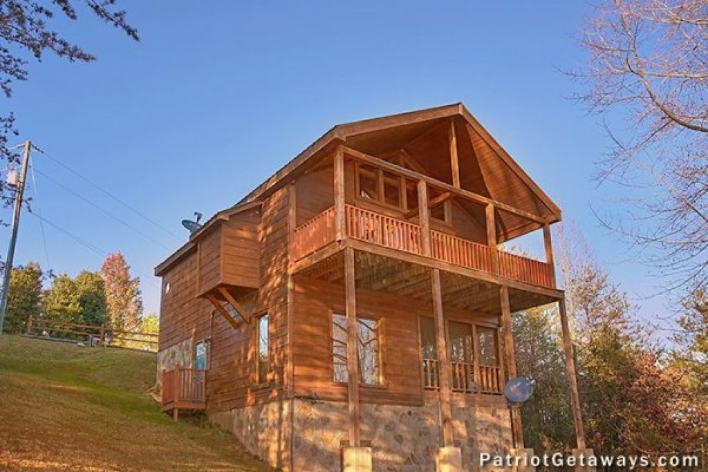 Photo of a Pigeon Forge Cabin named A Getaway With A View - This is the sixteenth photo in the set.
