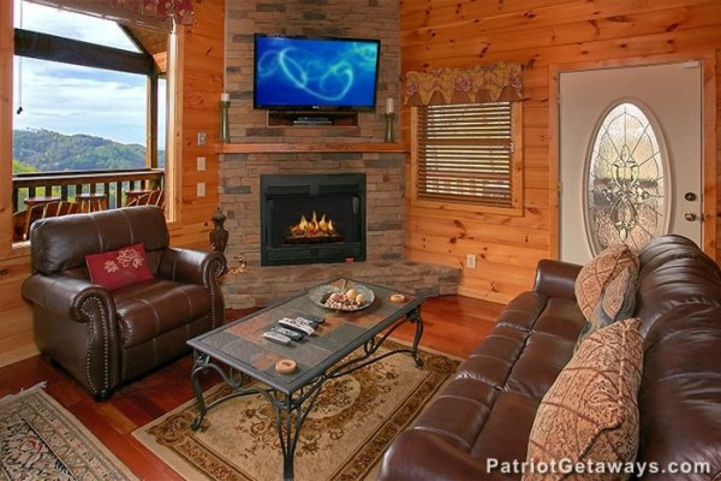 Photo of a Sevierville Cabin named Privacy & A View - This is the third photo in the set.