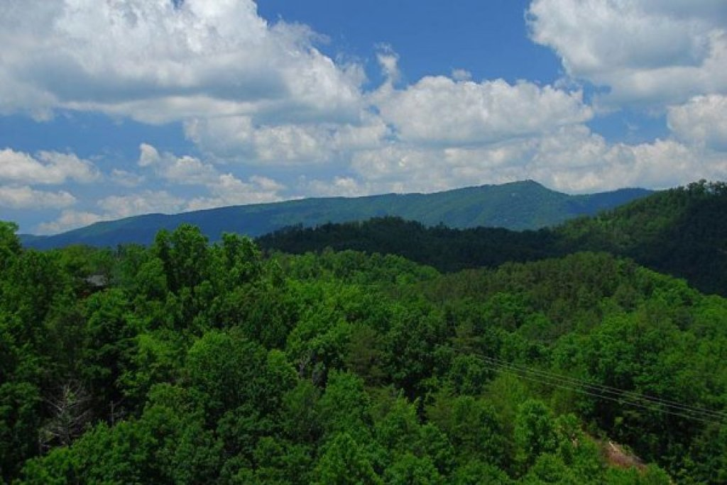Photo of a Sevierville Cabin named Privacy & A View - This is the twenty-second photo in the set.