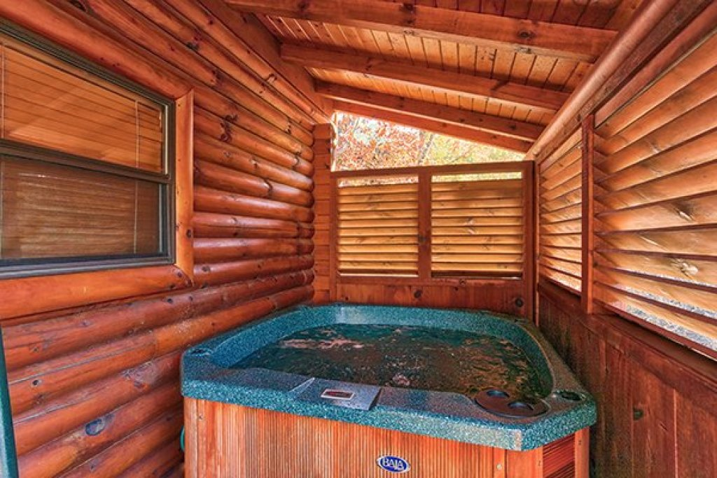 Photo of a Sevierville Cabin named 5 Little Cubs - This is the ninth photo in the set.