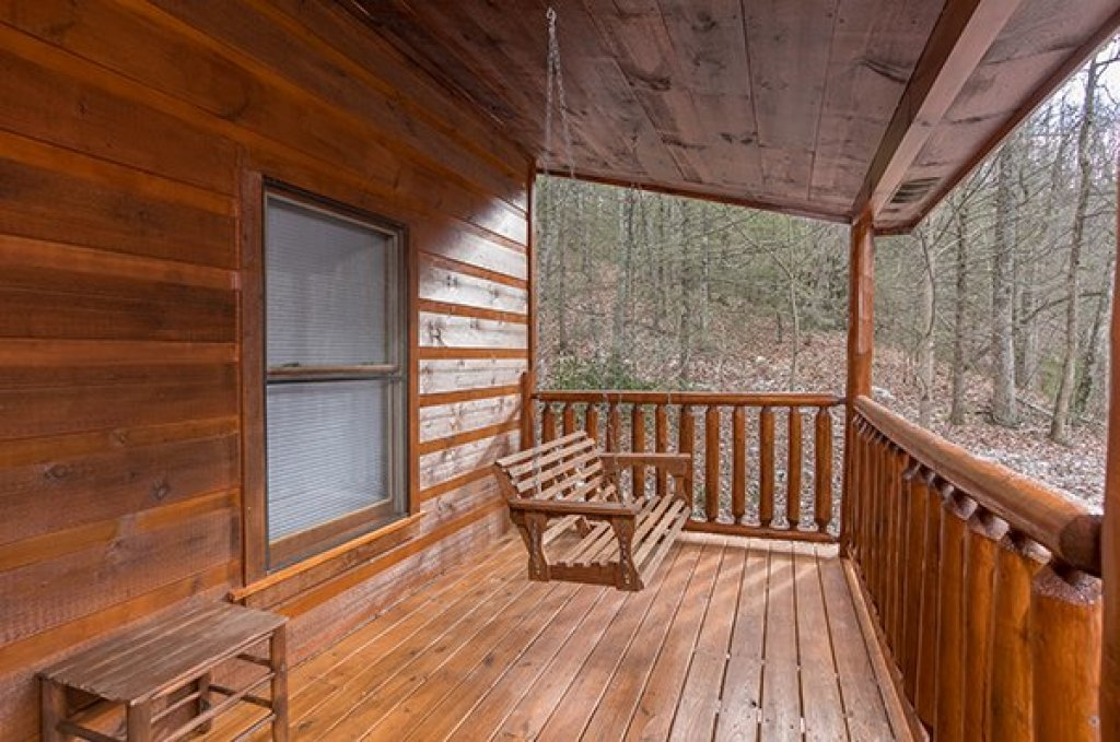 Photo of a Gatlinburg Cabin named Just Relax - This is the tenth photo in the set.