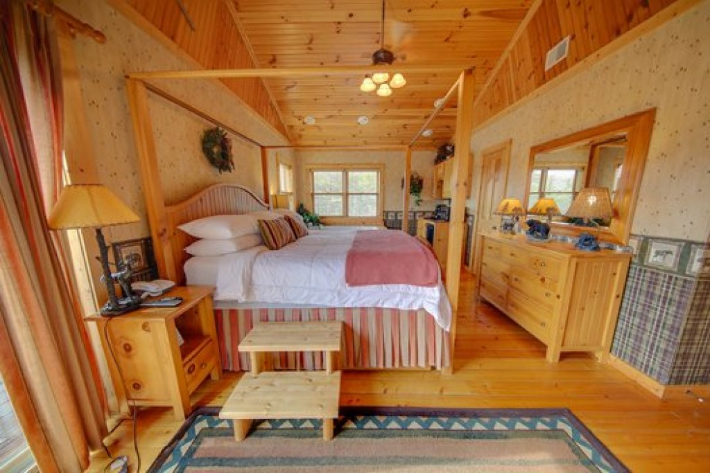 Photo of a Sevierville Cabin named Fox N Socks - This is the fifteenth photo in the set.