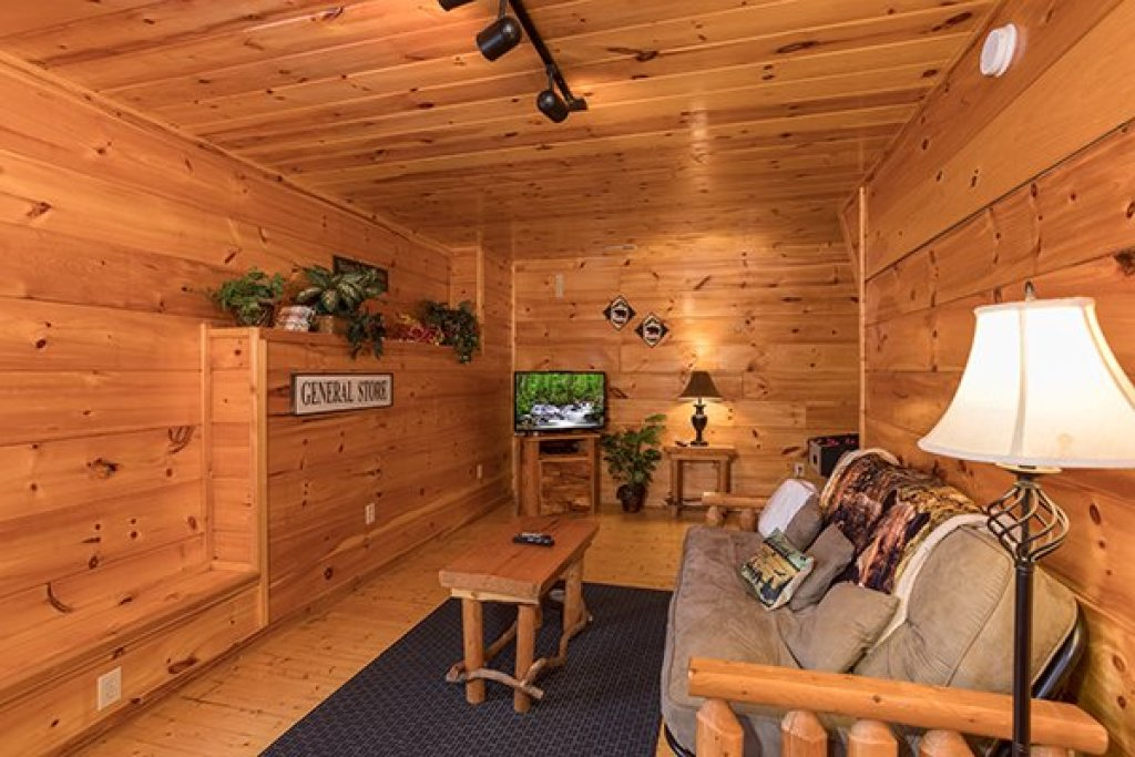 Photo of a Gatlinburg Cabin named Just Relax - This is the fourteenth photo in the set.