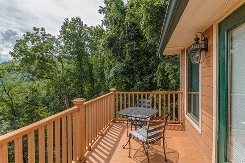Photo of a Sevierville Cabin named Sky View - This is the twenty-ninth photo in the set.