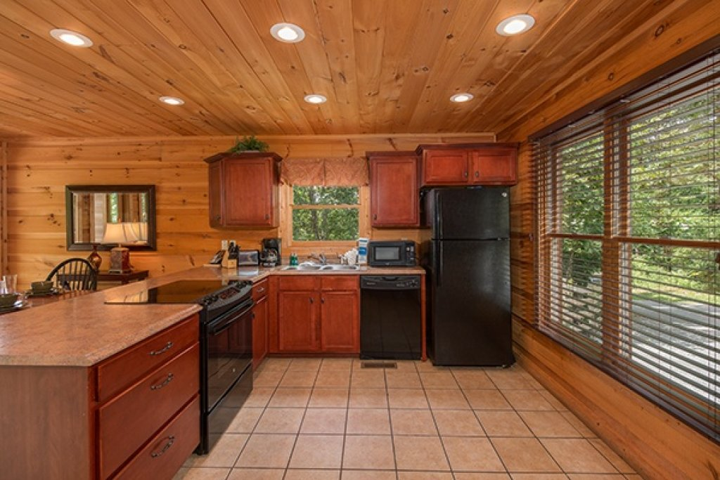 Photo of a Gatlinburg Cabin named Oh So Viewtiful - This is the eighth photo in the set.