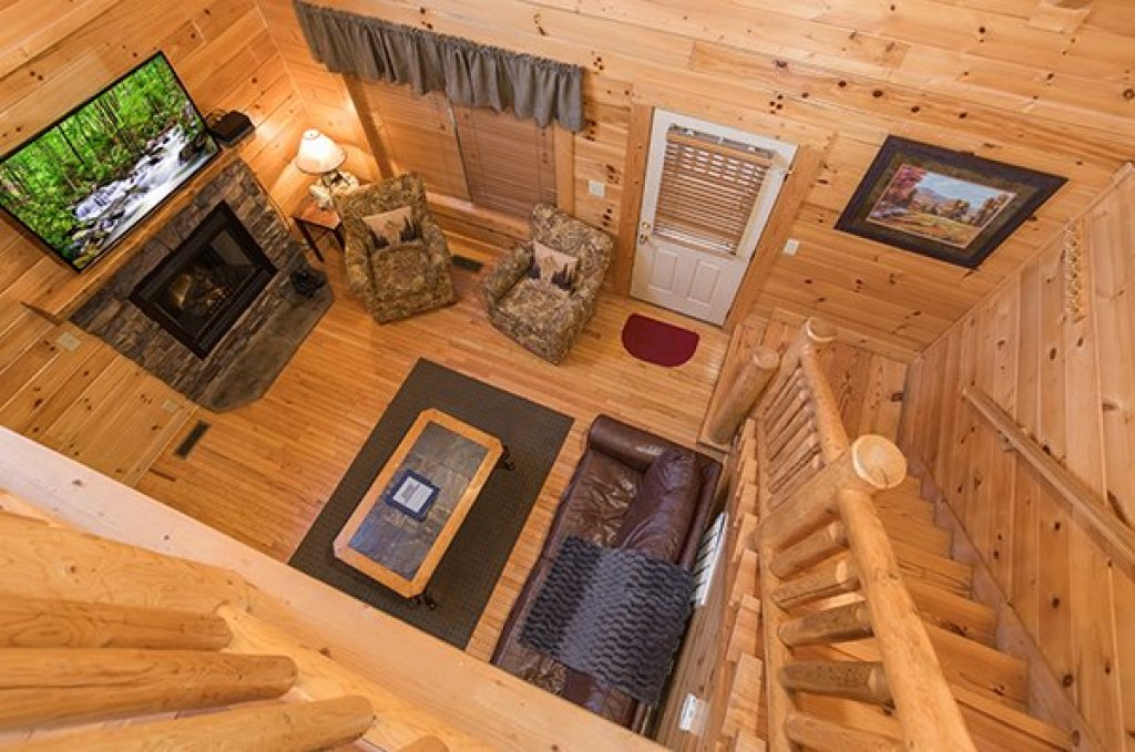 Photo of a Sevierville Cabin named 5 Little Cubs - This is the eleventh photo in the set.