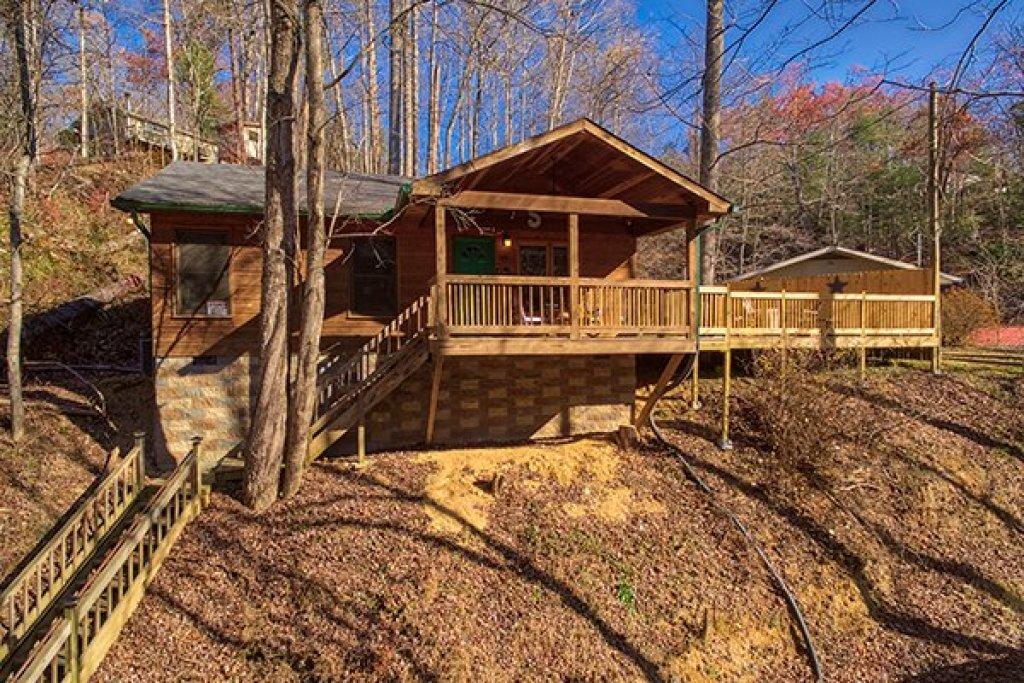 Photo of a Gatlinburg Cabin named Kabbe Bear Cabin - This is the fifteenth photo in the set.