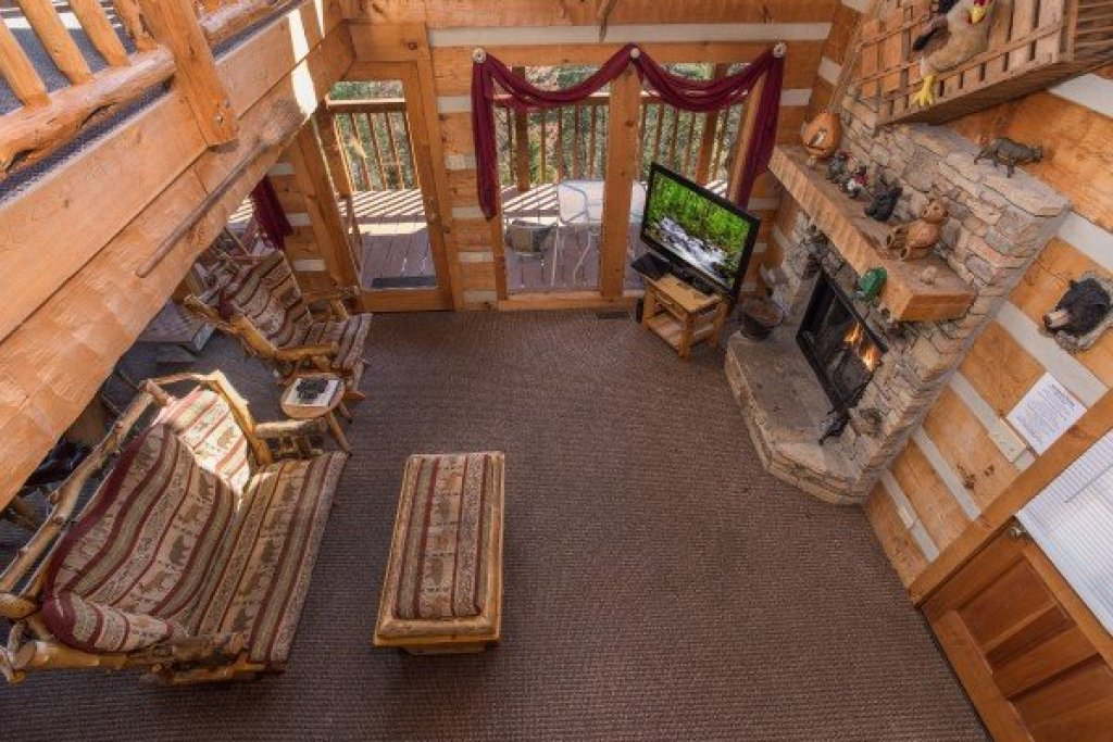 Photo of a Sevierville Cabin named Mountain Glory - This is the seventeenth photo in the set.