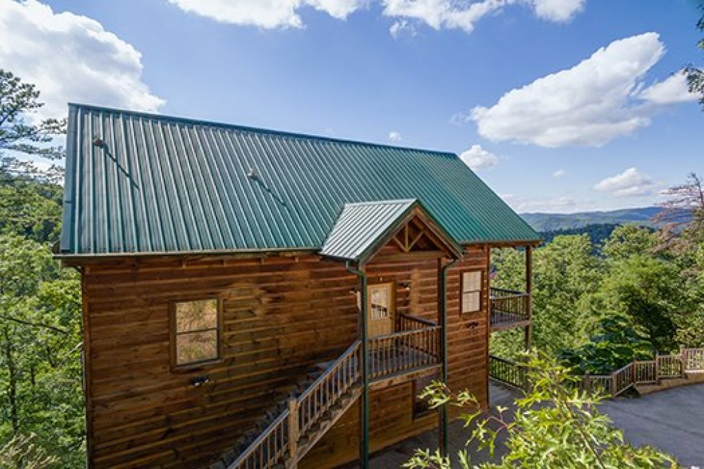 Photo of a Sevierville Cabin named Auburn Sky - This is the thirty-fifth photo in the set.