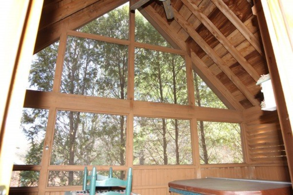 Photo of a Sevierville Cabin named Golden Memories - This is the thirteenth photo in the set.