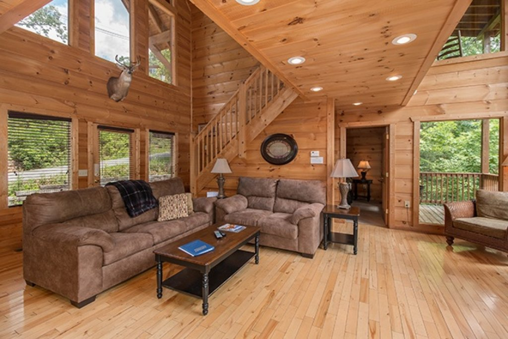 Photo of a Gatlinburg Cabin named Oh So Viewtiful - This is the fourth photo in the set.