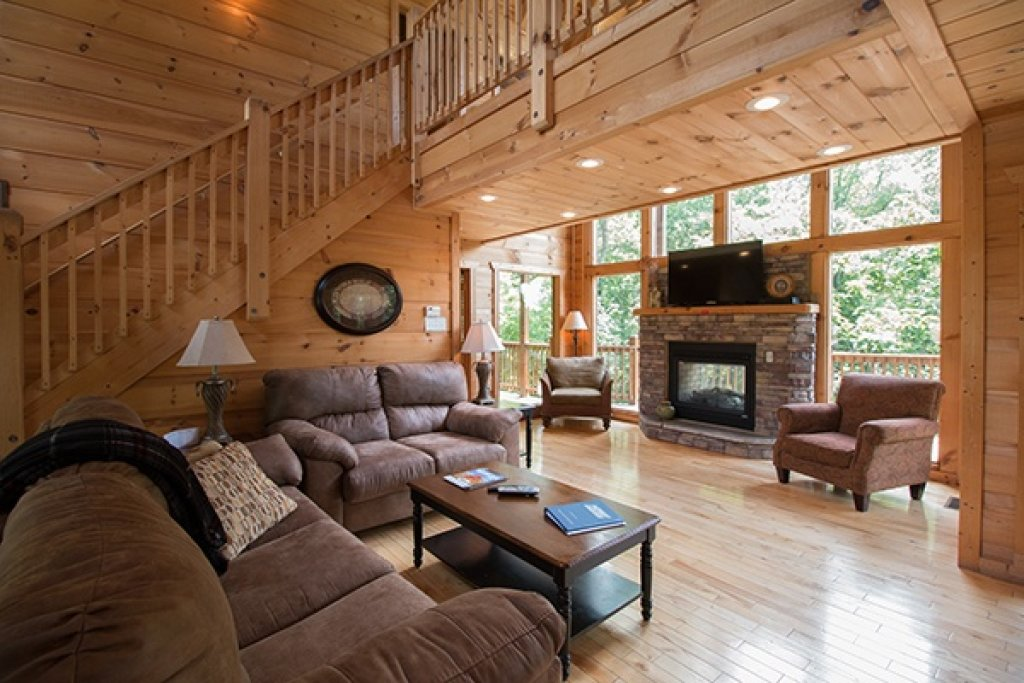Photo of a Gatlinburg Cabin named Oh So Viewtiful - This is the fifth photo in the set.