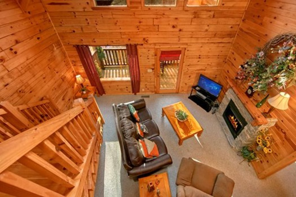 Photo of a Pigeon Forge Cabin named Secluded Pleasure - This is the ninth photo in the set.