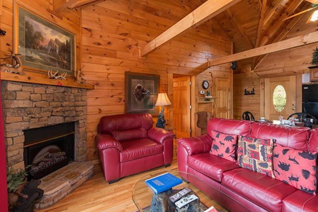 Photo of a Pigeon Forge cabin named 1 Amazing View - This is the fifth photo in the set.